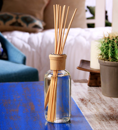 Hosley Nutmeg Cinnamon 230 ML Highly Fragranced Reed Diffuser