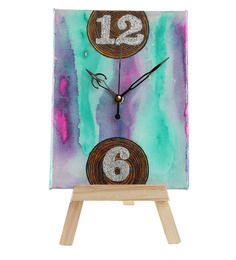 Rang Rage Multicolor Wooden Saga Table Clock