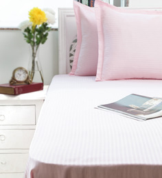 Swastika Pink Cotton King Size Bed Sheets Set Of 3